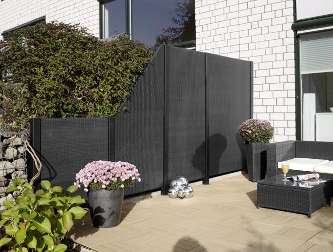 pfosten f r polyrattan zaun element 240 cm hoch aluminium schwarz gartenfreude. Black Bedroom Furniture Sets. Home Design Ideas